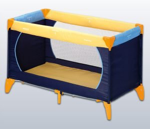 Child's travel bed-0