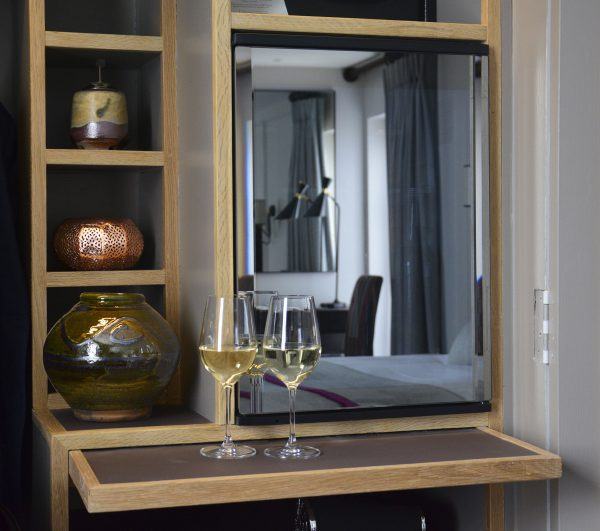 Minibar met spiegelglazen deur-5312